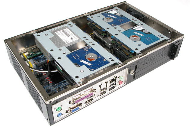 """MC600 Expandable Computer with 12 2.5"""" Drives Installed"""