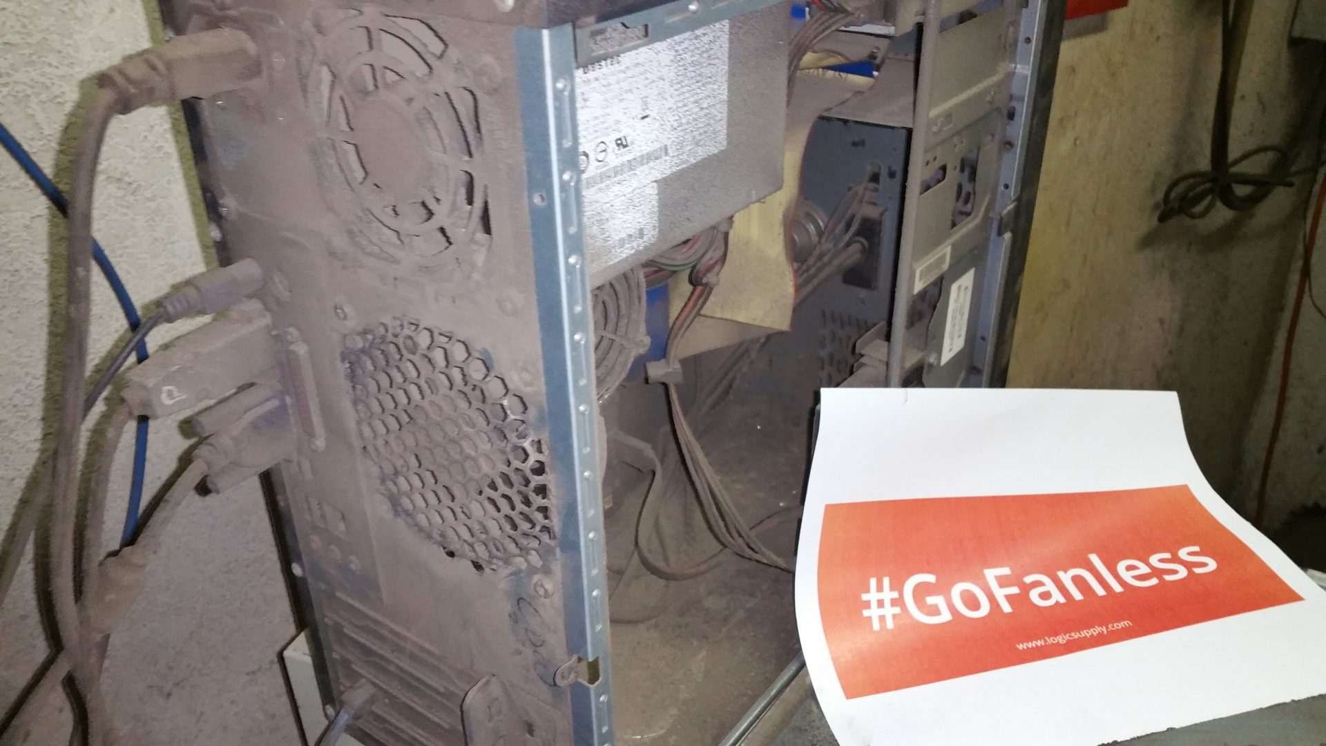 The World's Dirtiest PC Contest Week 1 Winner Is…