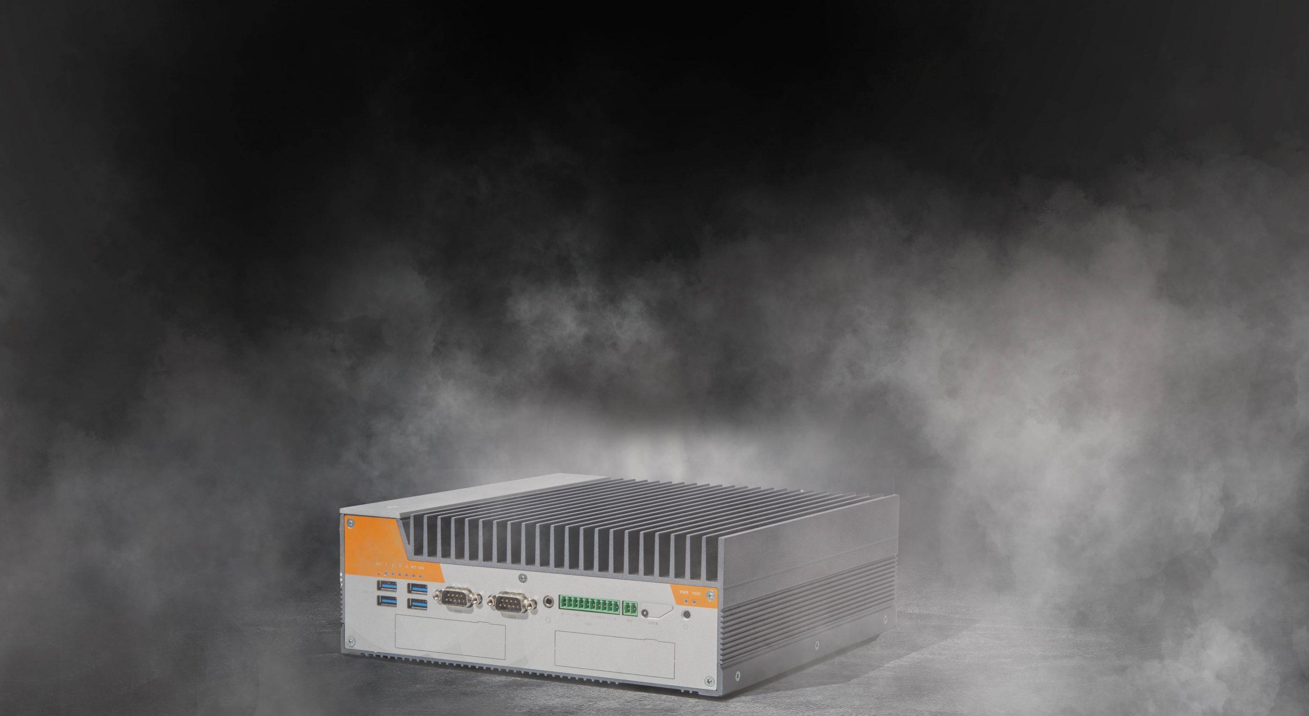 Karbon K700 pictured in the fog